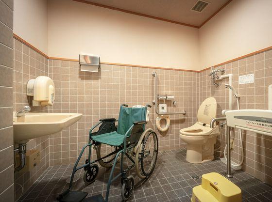 4階ロビー近くのトイレにございますので、ご自由にご利用下さい