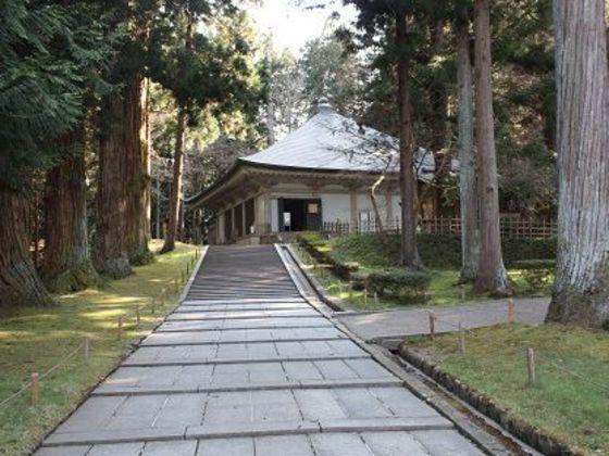 中尊寺:2011年6月に世界遺産登録。岩手の観光名所です