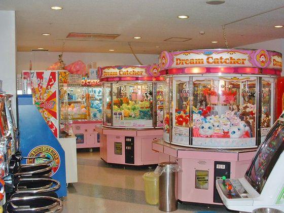 ゲームコーナーには人気機種が勢揃い。