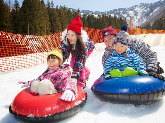 冬シーズン限定ホテル前ゲレンデ横で開催の「ゆきゆきランド」
