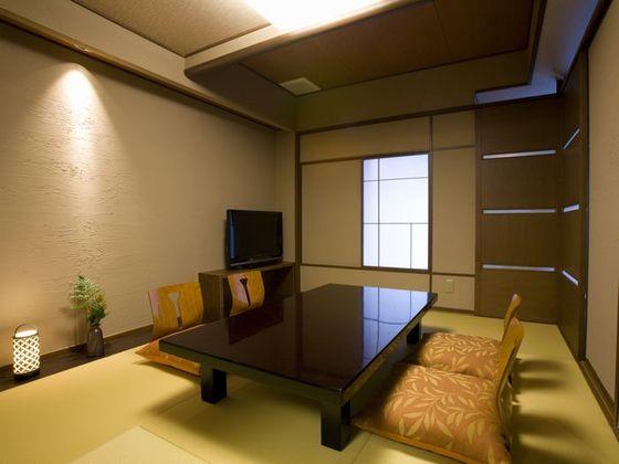 露天風呂付客室 レークビューコンフォート(和洋室)の和室