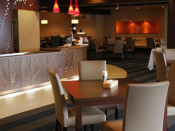ゆっくり落ちつける空間のレストラン(昼のみ営業)