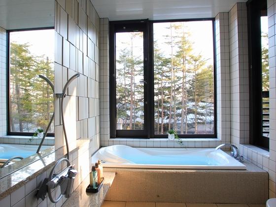 【新館客室風呂例】親子でゆっくり温まるゆったりお部屋風呂♪