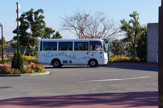 施設間の移動にはループバスが便利