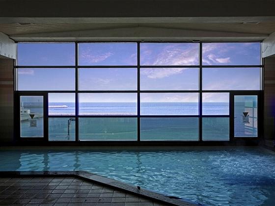 海の見える大浴場でのんびり。