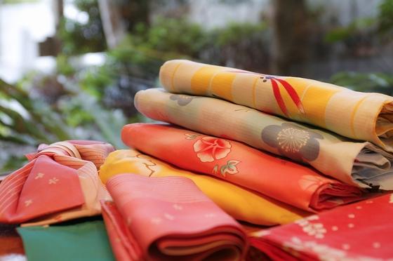 かわいい色浴衣が常時50種類以上。旅のおしゃれにいかがですか。