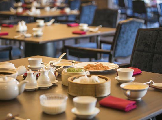 みんなでワイワイが楽しい中国料理。個室もご用意できます(有料)