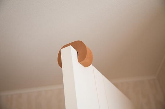 お部屋のドアには指はさみ防止のドアカバーを設置(取り外し可能です)