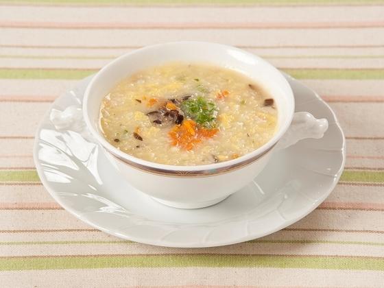 広東名菜「龍宮」の月齢10か月用の野菜雑炊