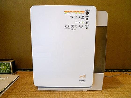 赤ちゃんルームの他、一部お部屋に空気清浄器があります