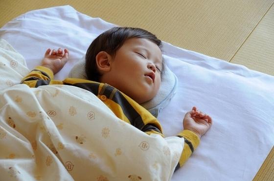 「赤ちゃんプランプレミアムルーム」にはお子様布団もご用意
