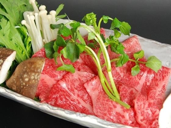 地元那須の黒毛和牛はとろける美味しさ。