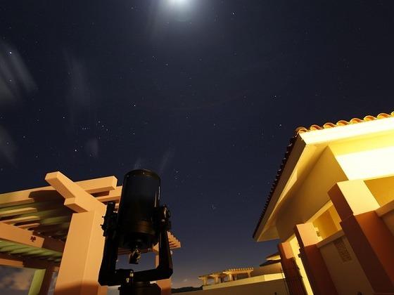 大型の天体望遠鏡で満点の星空を見ることができ感動間違いなし