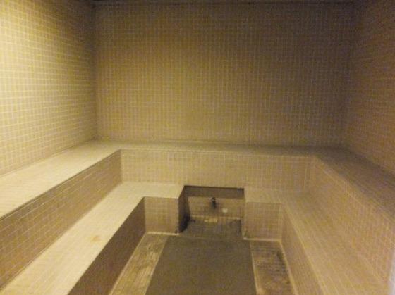 大浴場はサウナの設備もございます。