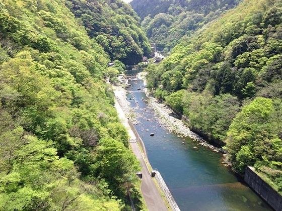 湯原ダムからの絶景。自然豊かな地域です。