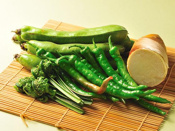 京都の旬の食材をふんだんに使用しております。