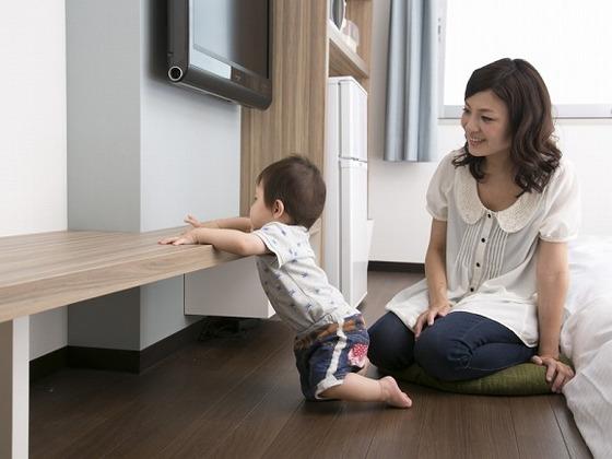 家具にはコーナーガードや、R加工などお子様の安全に配慮。
