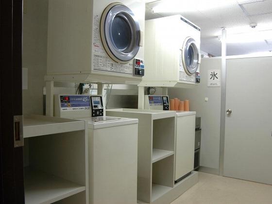 ランドリーコーナーもあり、いざという時のお洗濯もOK。