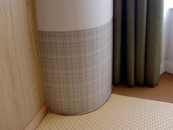 角をとった丸い柱の安心設計でゆっくり滞在