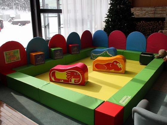 館内にお子様を遊ばせられるスペースを2か所ご用意