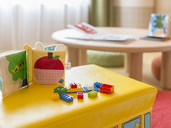 「わくわくわしつ」滞在者特典の貸出おもちゃ・備品も充実。