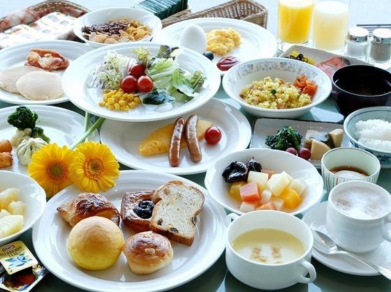 朝食バイキングは2店舗 メニューが豊富な和洋食のバイキング