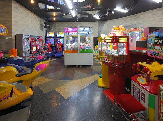 地下1階のゲームコーナー。UFOキャッチャーなど家族みんなで楽しめる機種がたくさん