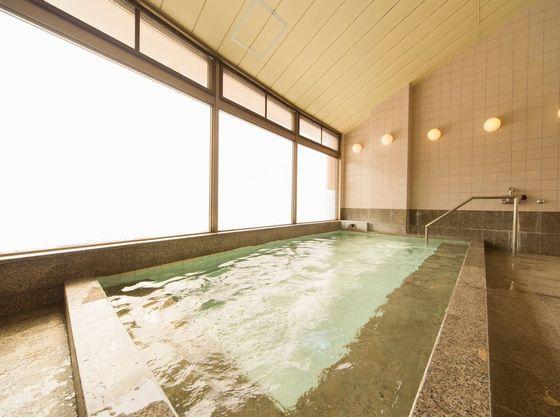 2階大浴場は高原ビューです