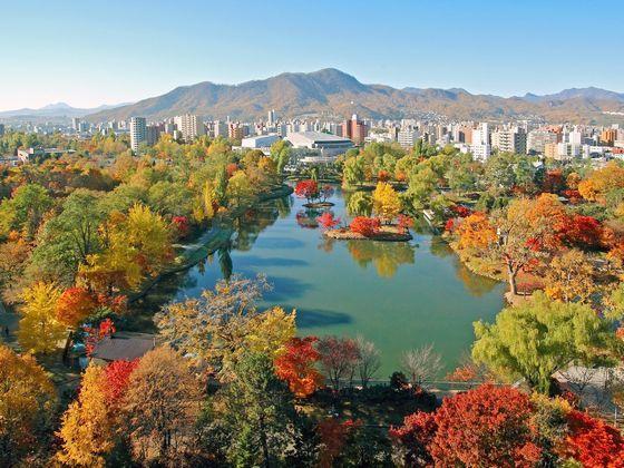 徒歩3分「中島公園」 豊富な自然が北海道らしさを演出します♪