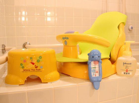 お風呂用品もバッチリ!バスチェア、湯温計、全身シャンプー