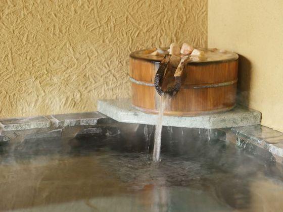 お部屋の温泉は「単純泉の伊豆高原温泉」ただに優しくサラッとしてます