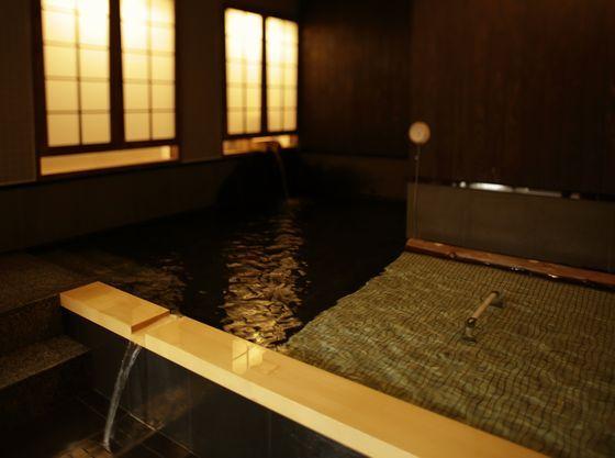 貸し切り風呂ではまわりのお客様に気をつかうことなく昼神の湯を満喫