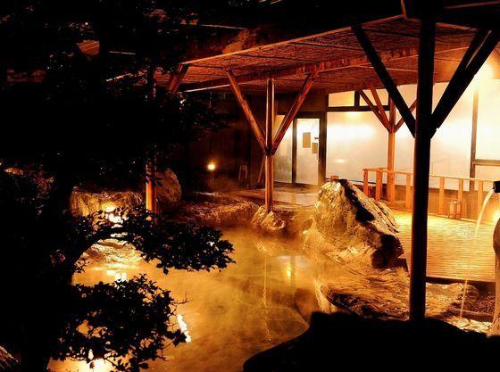 夜の露天風呂はまた一味違った雰囲気♪