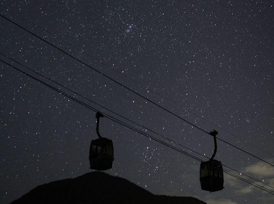 ナイトツアー会場まではゴンドラ♪夜のゴンドラは不思議な雰囲気