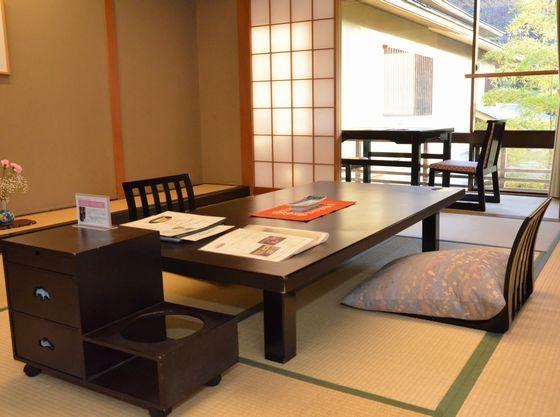 趣のある和室で癒しのひと時をごゆっくりとお過ごしください。