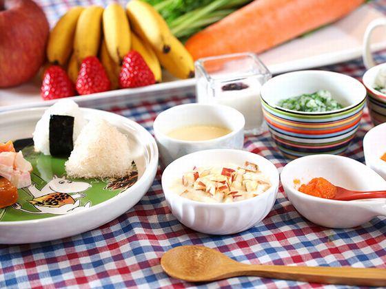 ご朝食は、地元素材を中心に厳選した日替わりブッフェをご用意。