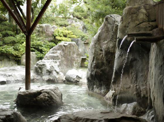 """昼神温泉の""""美人美肌の湯""""は独特の肌触り♪"""