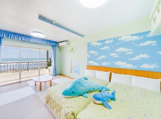 お子様がお部屋でも楽しく遊べるように。お泊りの楽しさが倍増するお部屋です。
