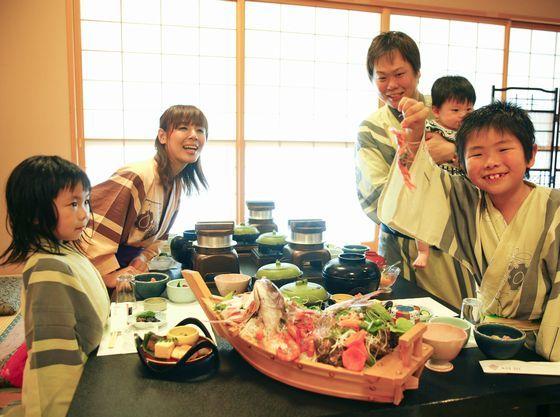 家族旅行の目的はお子様の笑顔。お部屋食で家族でのんびり