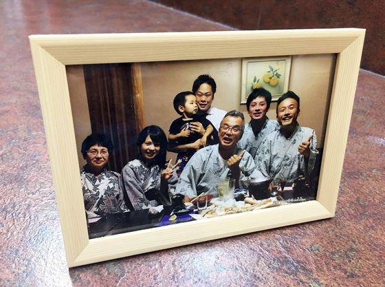 記念日のお客様には記念写真を一枚サービスしております