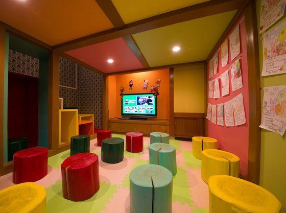 キッズスペース1階のキッズシアター。沢山の子供達が遊びにきます。