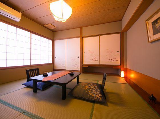 8畳タイプの和室
