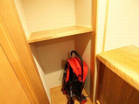 ベビーカー置き場がある客室も。他エレベーター・昇降機も有り