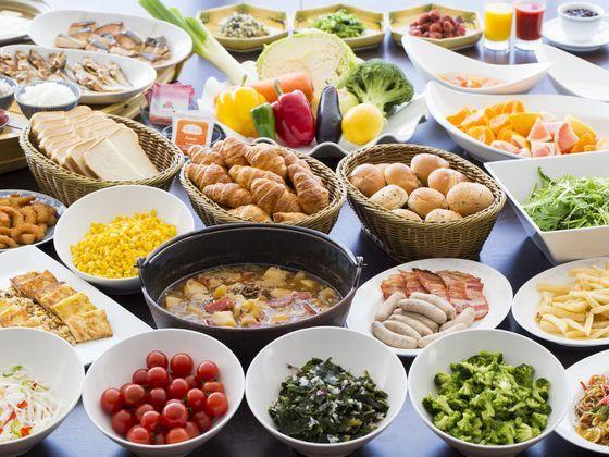 朝食は和食~洋食~実演コーナーまであり、朝から元気な朝食を♪