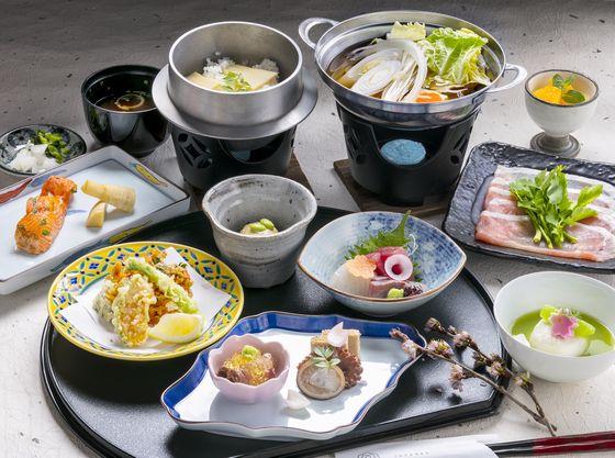 季節の食材、地元の味覚にこだわった和食料理店
