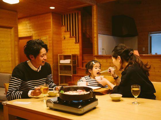 ご夕食はお部屋食(ケータリング)でご用意!