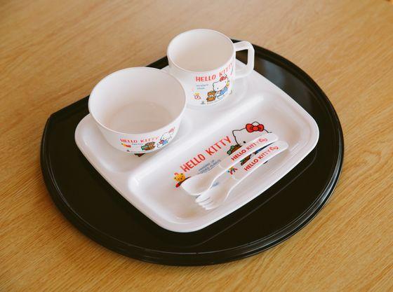 専用プランでご予約いただくと、お子さま用の食器も自由に使えます