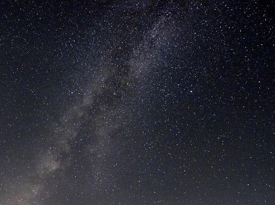 ネオンなどの明かりも少ないため、晴れていると、満天の星を楽しめます