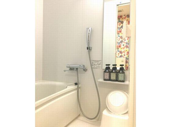セパレートタイプの浴室
