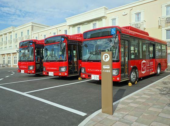 舞浜駅、パークまで無料シャトルバスを毎日運行中